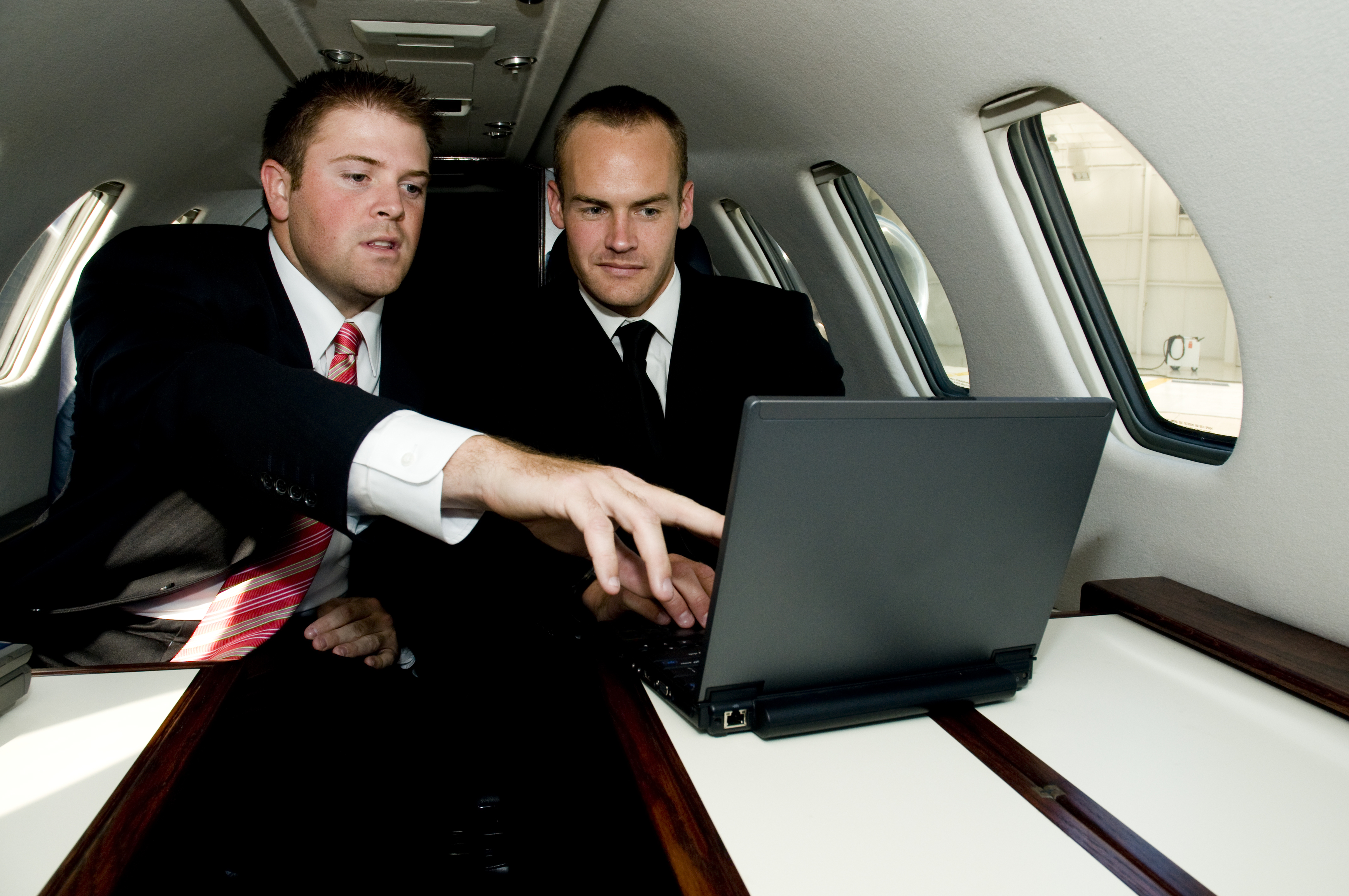 Executive plane charter new york area. Plane charter for business executives.