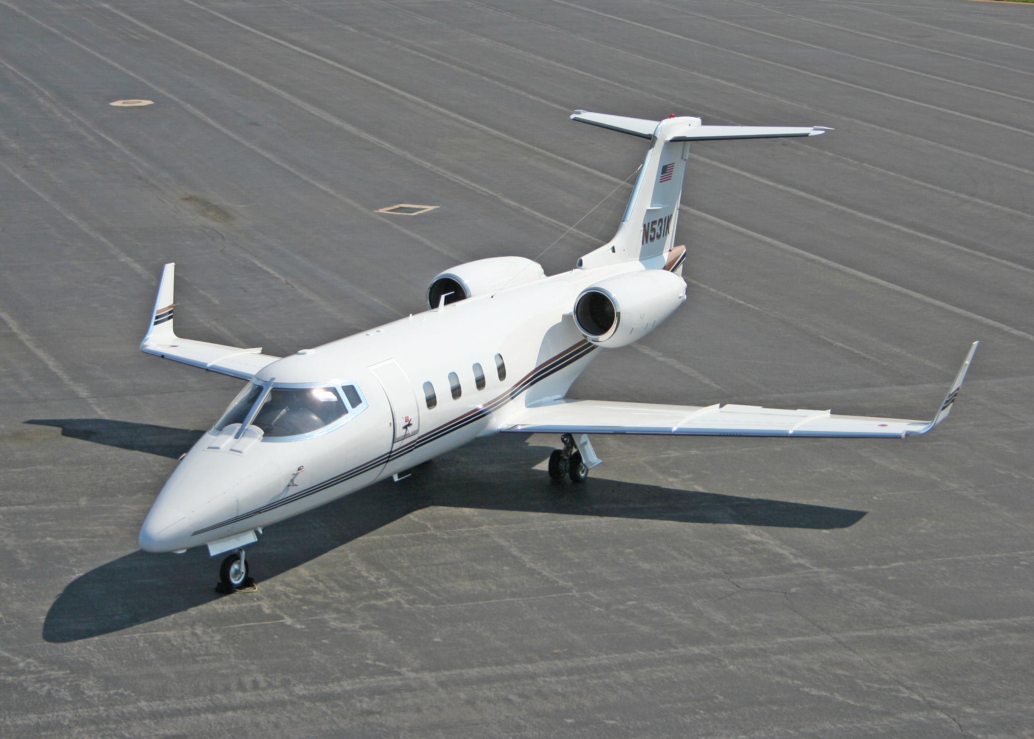 Charter plane Learjet 55, Learjet 55 private jet rental